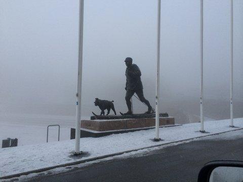 holmenkollen-standbeeld