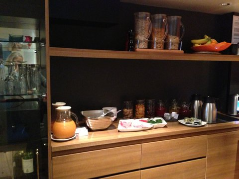 fred hotel ontbijtbuffet