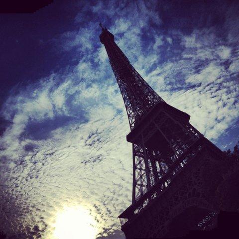 eiffeltoren-wolken